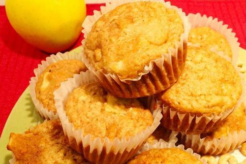 Applesaude Cheerio Muffins