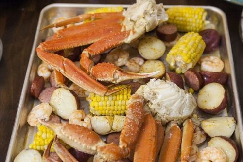 1. Instant Pot Steamed Crab Legs Meals