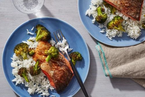11. Air Fryer Teriyaki Salmon Fillets with Broccoli