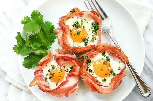 15 3-Ingredient Bacon and Egg Cups