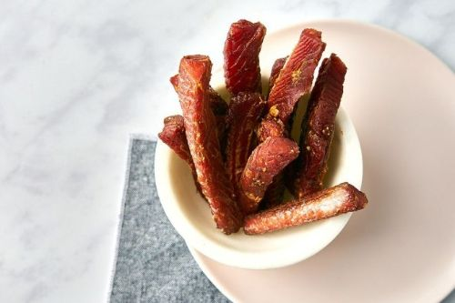 16 Air Fryer Lemon-Pepper Salmon Jerky