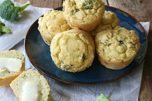 "18 ""Cheesy"" Broccoli Breakfast Muffins"
