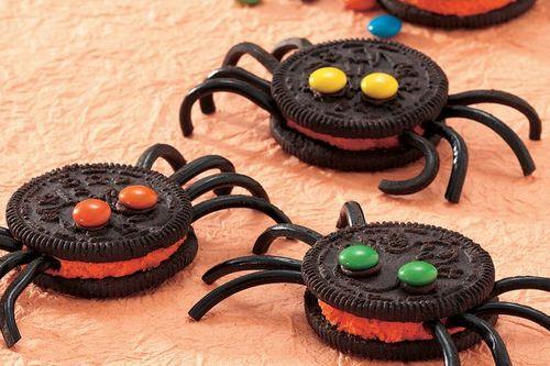 19. Spooky Spider Cookies